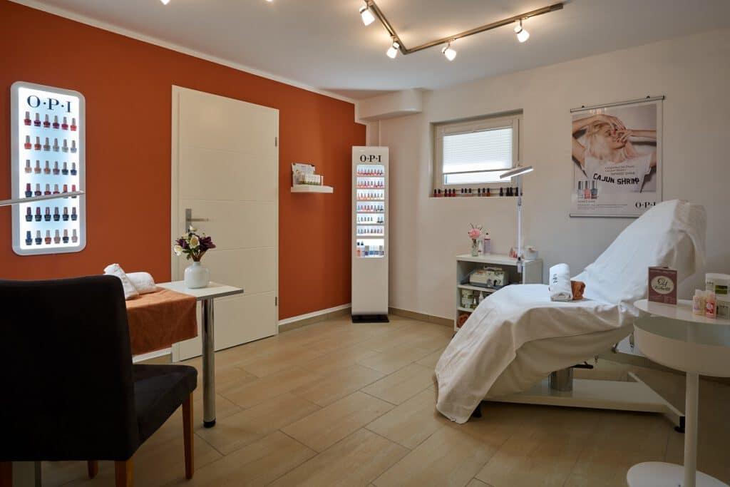 DA Kosmetikstudio Pediküre in Graben